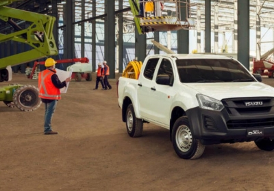 Isuzu-D-Max-on-building-site-696x435